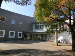 小田原市立かもめ図書館