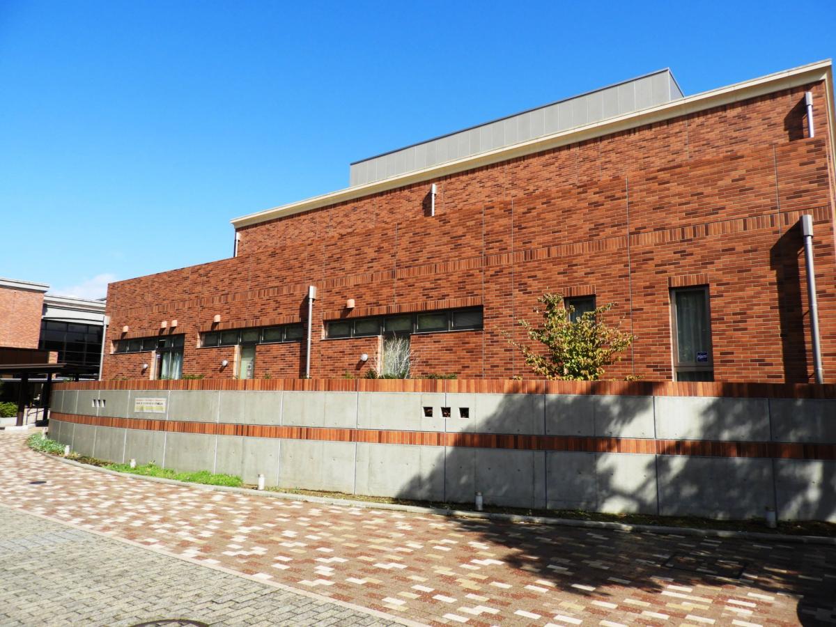 米子市立図書館