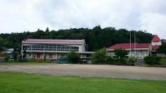 夏山小学校