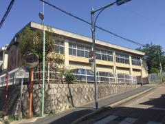 萩山中学校
