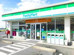 ファミリーマート中津川インター店