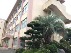 報徳小学校