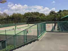 半田運動公園テニスコート