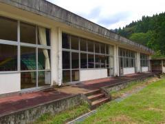 連谷小学校