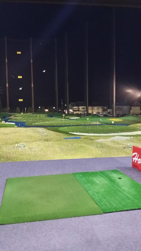 キレイなゴルフ練習場