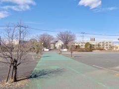 伊奈学園総合高校