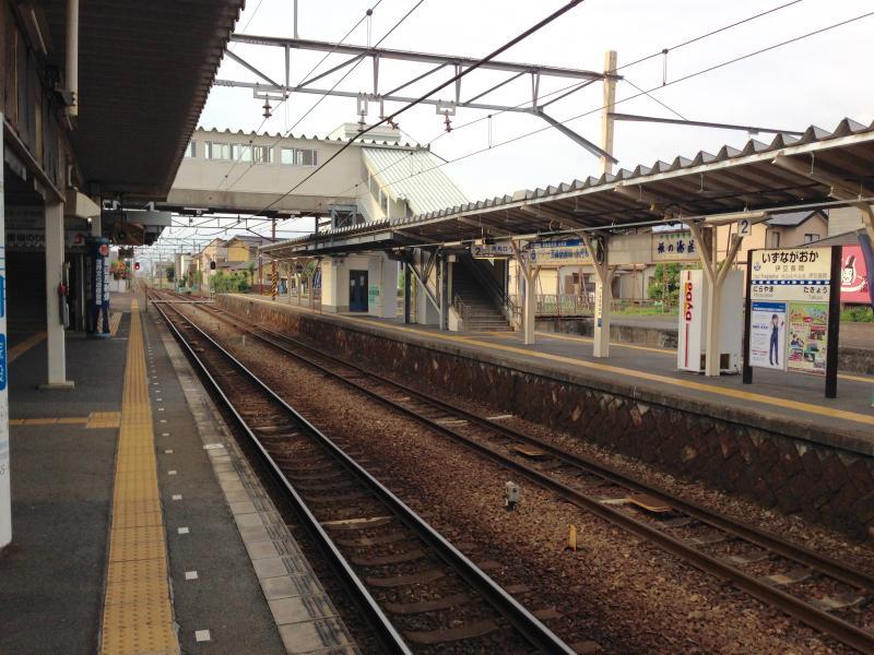 伊豆長岡駅の三島駅側風景