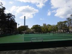 鶴舞公園テニスコート