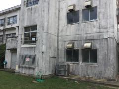 石嶺小学校