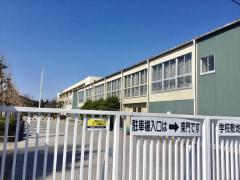 陽北中学校