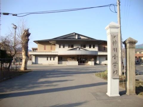 神川小学校(上田市)の投稿写真...