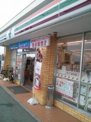 セブンイレブン三木町池戸店