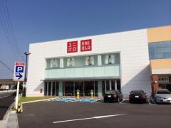 ユニクロ中川富田店
