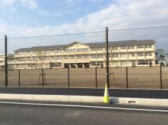 間々田小学校