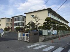 芳田小学校