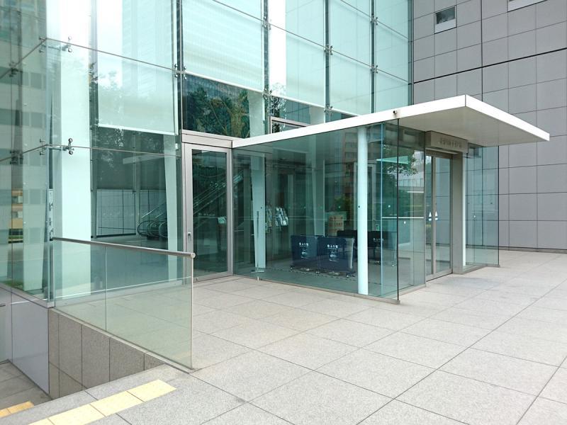 JR東日本本社ビル/玄関