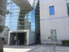 刈谷市中央図書館