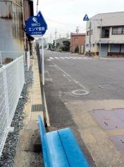 「エンマ堂前」バス停留所