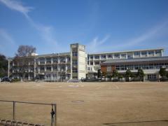手柄小学校