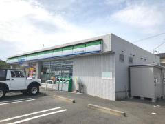 ファミリーマート東名三好インター店