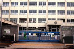 新金岡東小学校