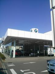 Kagawa BMW本社ショールーム