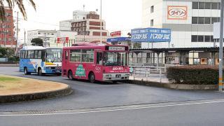 「中津駅前」バス停留所