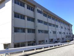 真砂小学校