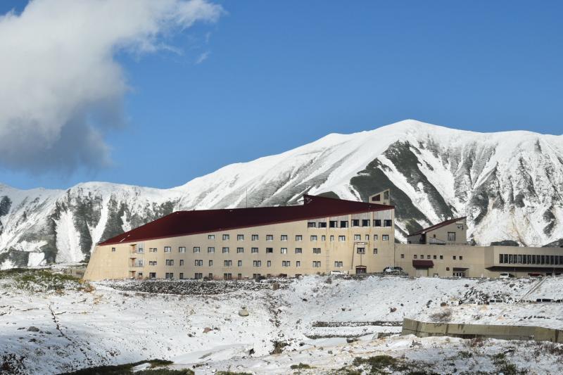 晴れた日のホテル立山