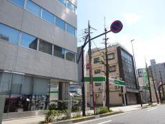 トヨタレンタリース東京北千住店