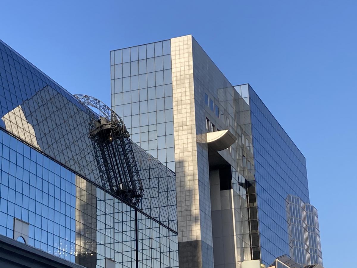 京都駅ビルの風景です