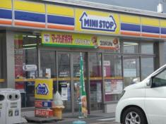 ミニストップ 桑名多度柚井店