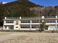 粟野第二小学校