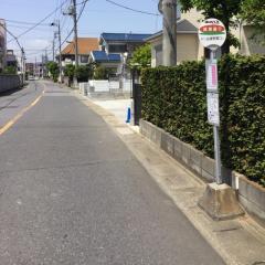 「綾瀬通り」バス停留所