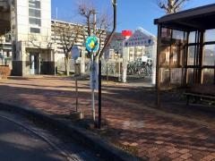 「上諏訪駅諏訪湖口」バス停留所