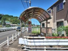 「徳恩寺前」バス停留所