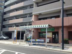 「東区役所前」バス停留所