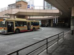 「橋本駅北口」バス停留所