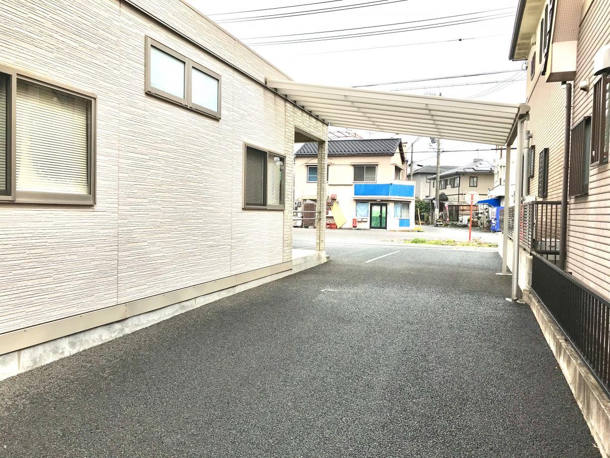 敷地内の通路
