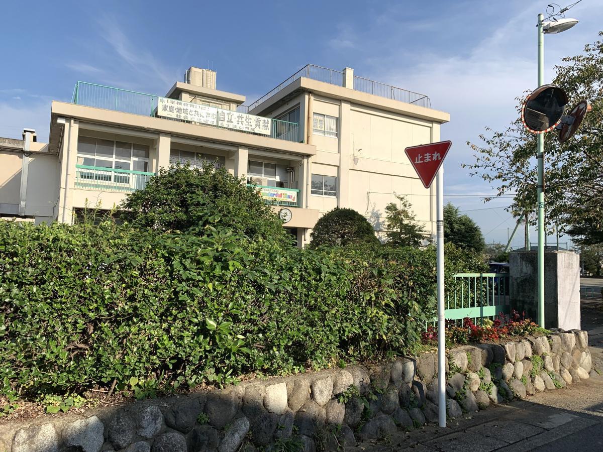 岡本中学校
