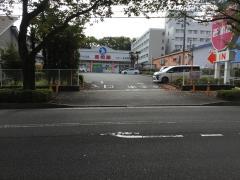 西松屋 秦野店