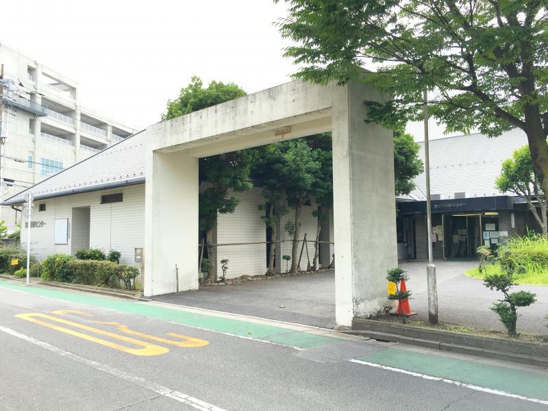 葛飾保健所金町保健センターの入口外観
