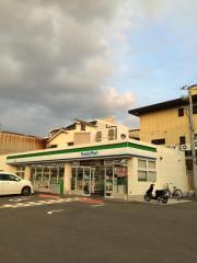 ファミリーマート 堺南清水町店