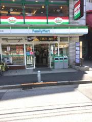 ファミリーマート 両国駅西口店