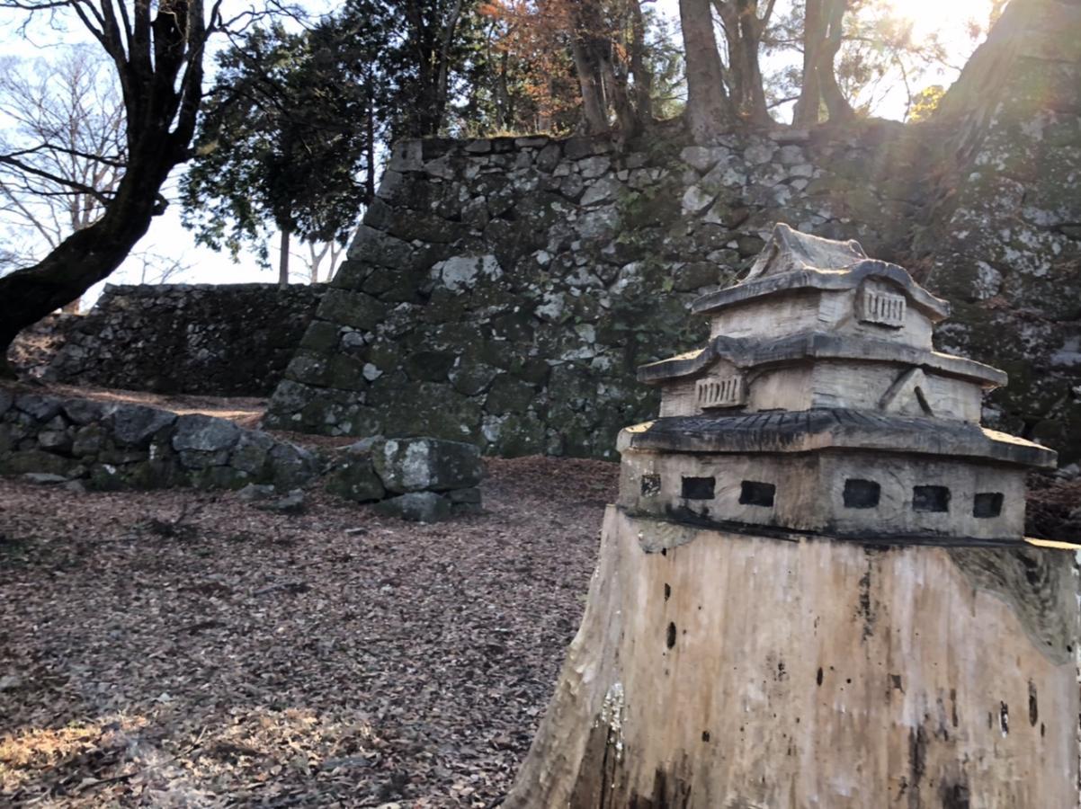 木彫りのお城