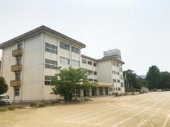 高坂小学校