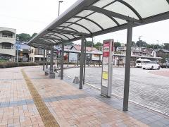 「瀬戸駅前」バス停留所