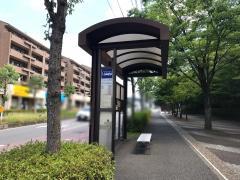 「サントゥール中川」バス停留所
