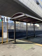 「新観音橋西」バス停留所