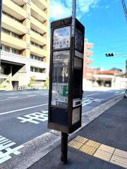 「丸太町智恵光院」バス停留所